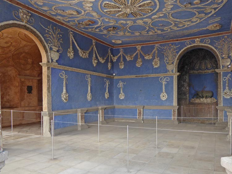 Schloss Neuburg Donau Höhle des Cosmos