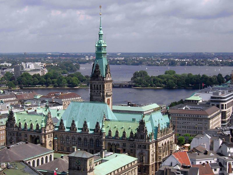 Hamburg Rathaus Alster